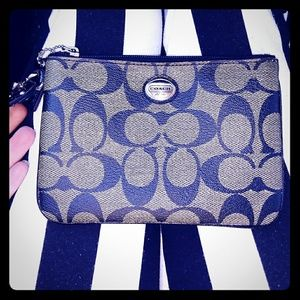 Absolutely perfect Coach wristlet!